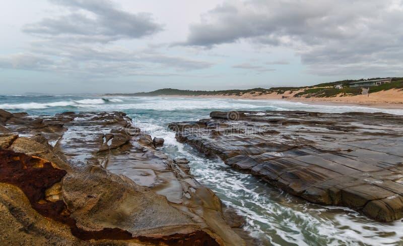 Rocky Daybreak Seascape images stock