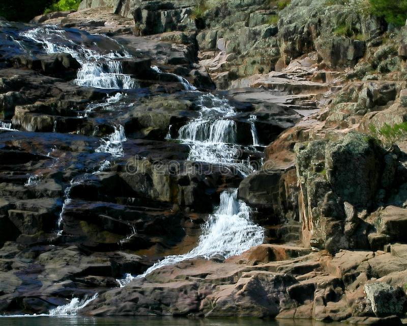 Rocky Falls parkerar i Missouri arkivfoto
