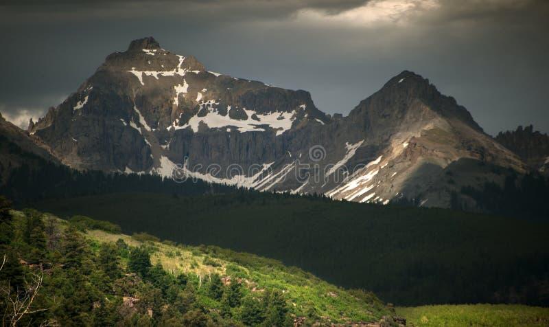 Rocky Mountain Beauty, picos Sun-dappled, telururo, Colorado imagen de archivo libre de regalías