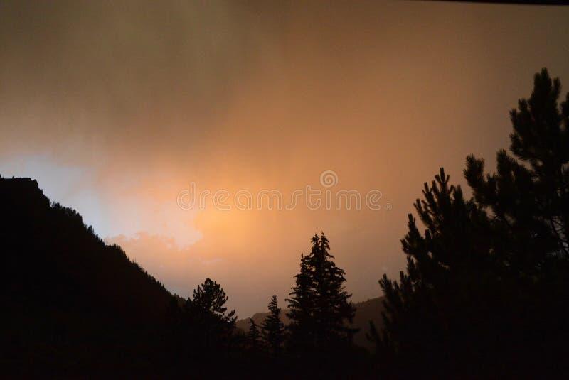 Rocky Mountain Thundershower photographie stock libre de droits