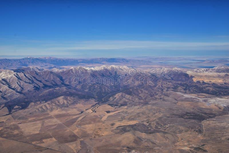 Rocky Mountains, Oquirh-Reichweite Luftsicht, Wasatch Front Rock aus dem Flugzeug Südjordanien, Westtal, Magna und Herriman, von stockfotos