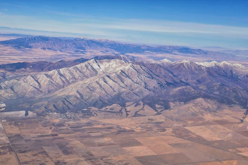Rocky Mountains, Oquirh-Reichweite Luftsicht, Wasatch Front Rock aus dem Flugzeug Südjordanien, Westtal, Magna und Herriman, von stockbilder