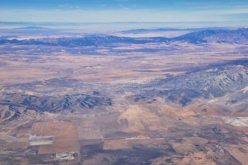 Rocky Mountains, Oquirh-Reichweite Luftsicht, Wasatch Front Rock aus dem Flugzeug Südjordanien, Westtal, Magna und Herriman, von stockfoto