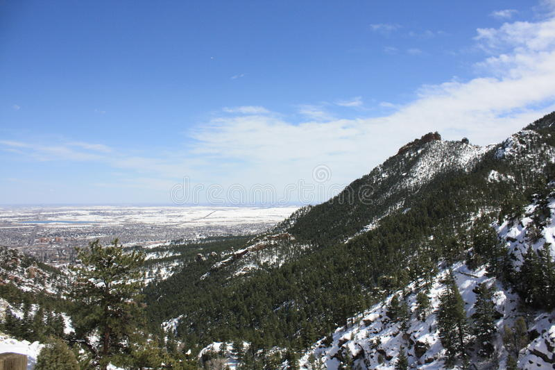Rocky Mountains pendant l'hiver photographie stock