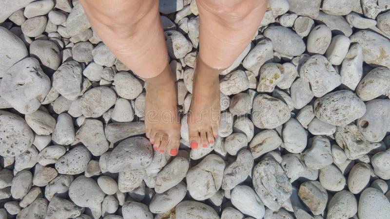 rocky nad jezioro fotografia stock