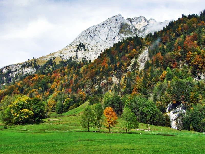 Rocky peak Ochsenchopf in the Glarus Alps Mountain Range and above Lake Klontalersee. Canton of Glarus, Switzerland stock photo