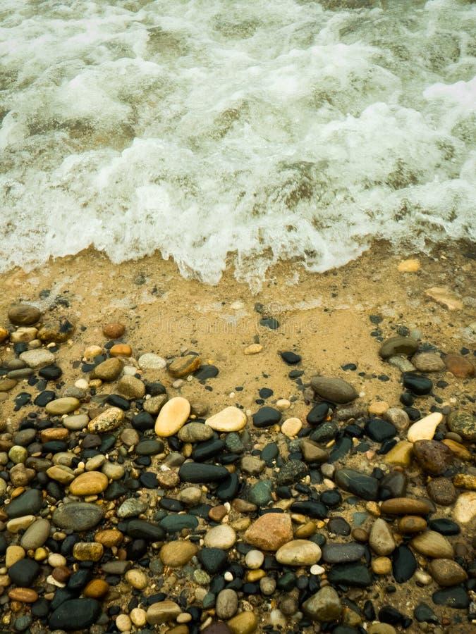 Rocky Shore del lago Michigan imagenes de archivo