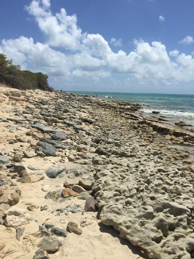 Rocky Shoreline de Turc grand images stock