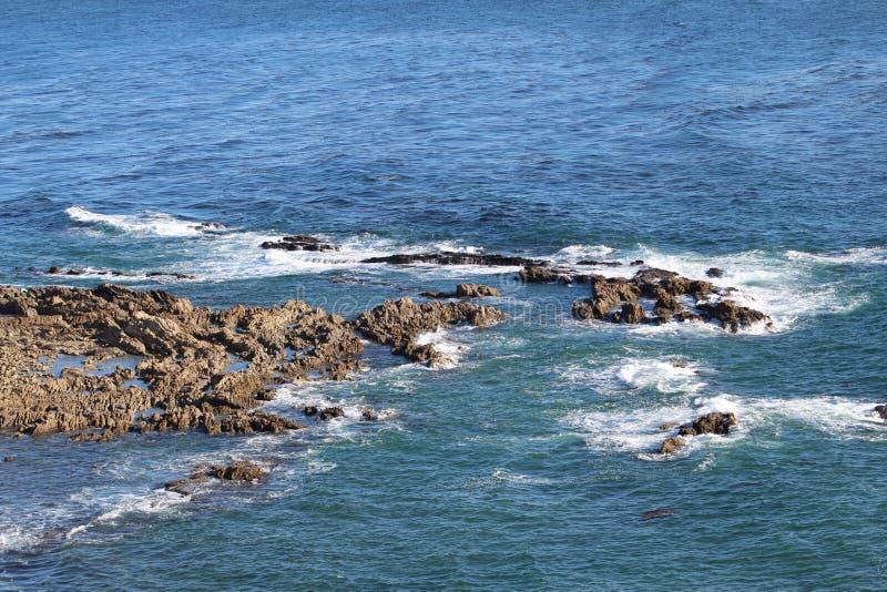 Rocky West Coast över Palos Verdes California royaltyfria foton
