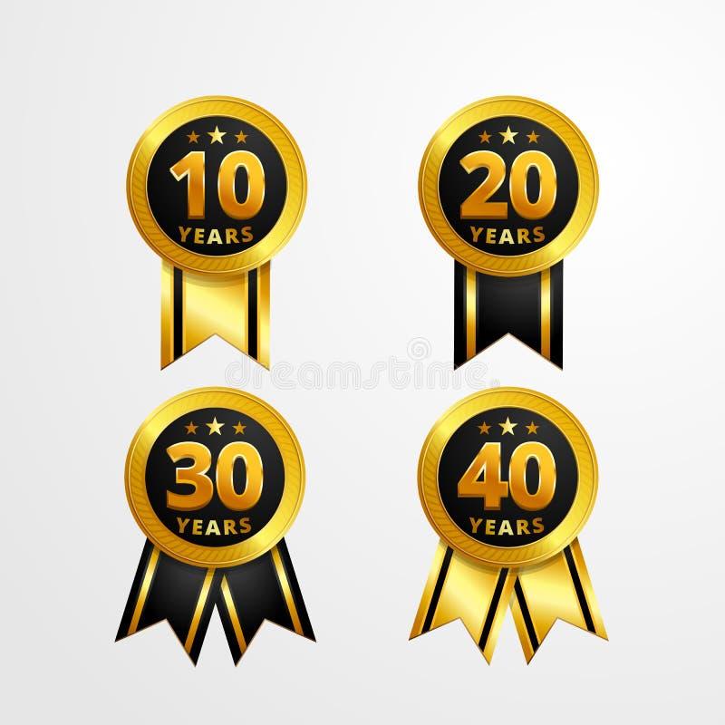 Rocznicowa logo odznaka z tasiemkowym wektorowym projektem Set błyszczący złocisty czarny medalu guzik z liczbami dla urodzinoweg royalty ilustracja