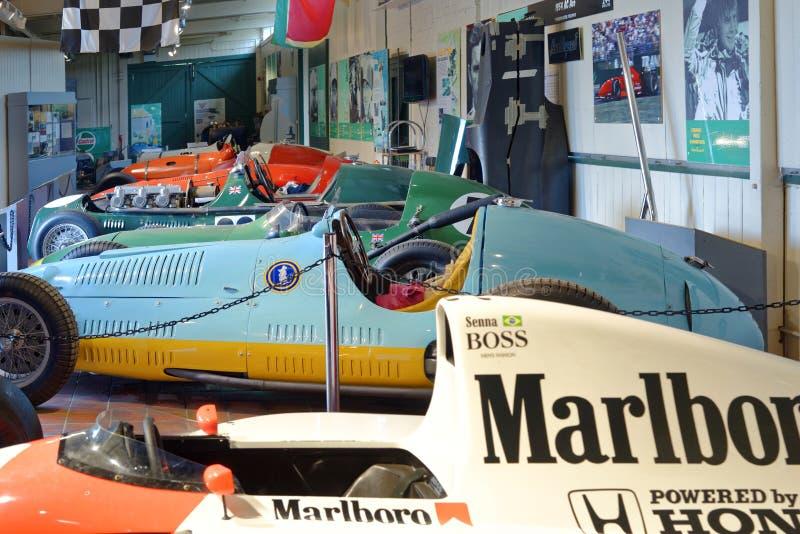 Roczników samochody wyścigowi na przedstawieniu przy brooklands muzea, England obraz royalty free