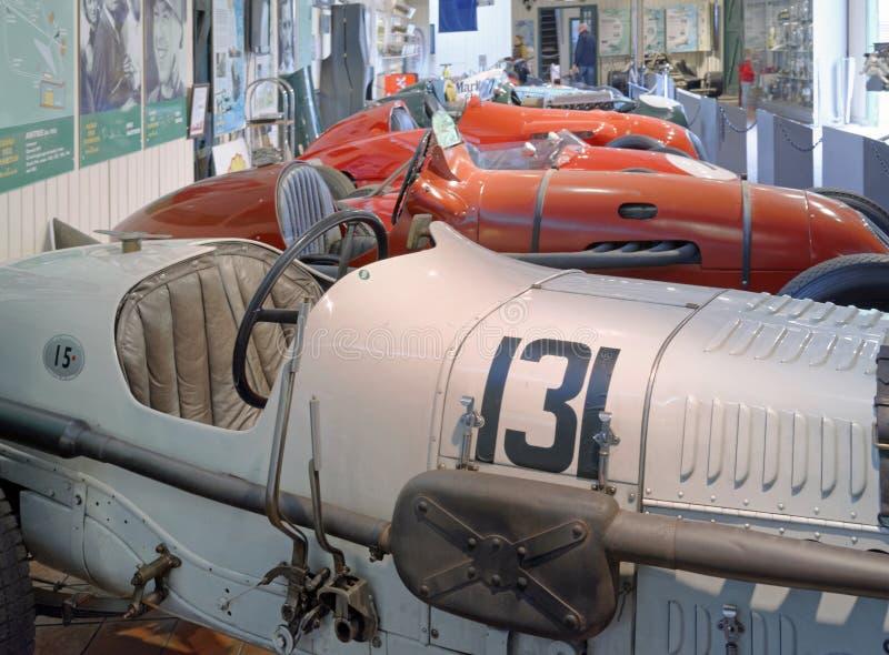 Roczników samochody wyścigowi na przedstawieniu przy brooklands muzea, England zdjęcia royalty free