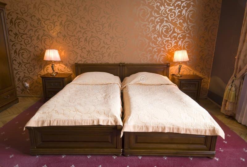 rocznik bliźniaka do łóżka obrazy stock