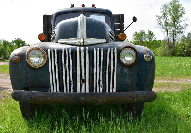 Rocznik ciężarówka obrazy stock