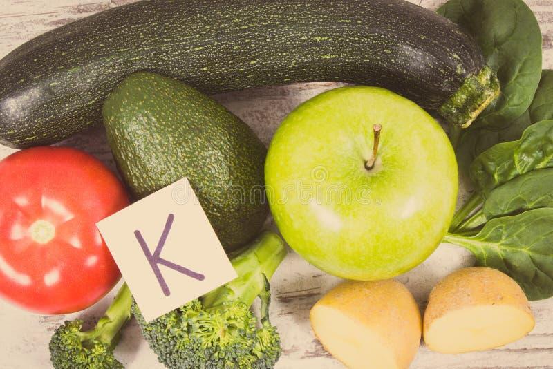 Rocznik fotografia, Naturalni składniki jako źródło potas, witamina K, kopaliny i włókno, zdjęcia royalty free