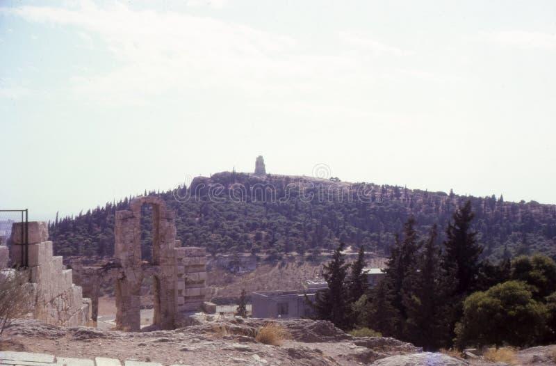 Rocznik fotografia około 1960s, Philopappos wzgórza zabytek, Ateny Grecja zdjęcia royalty free
