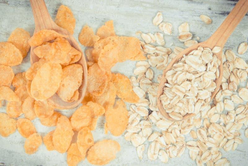 Rocznik fotografia, Zdrowi zboże płatki jako źródło witaminy, węglowodany i żywienioniowy włókno, zdjęcia royalty free
