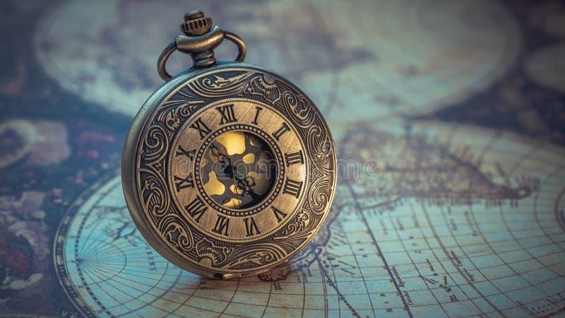 Rocznik Grawerująca metalu zegarka kolia zdjęcie royalty free