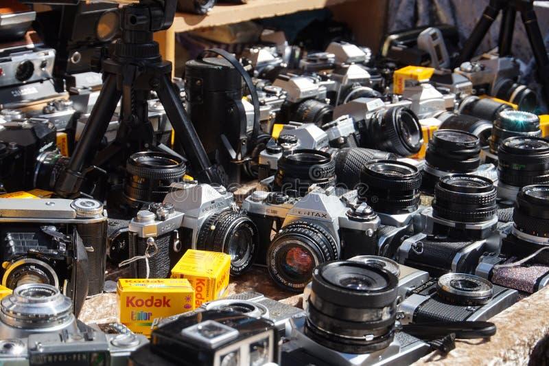 Rocznik kamery DLSR w Portobello rynku obrazy royalty free