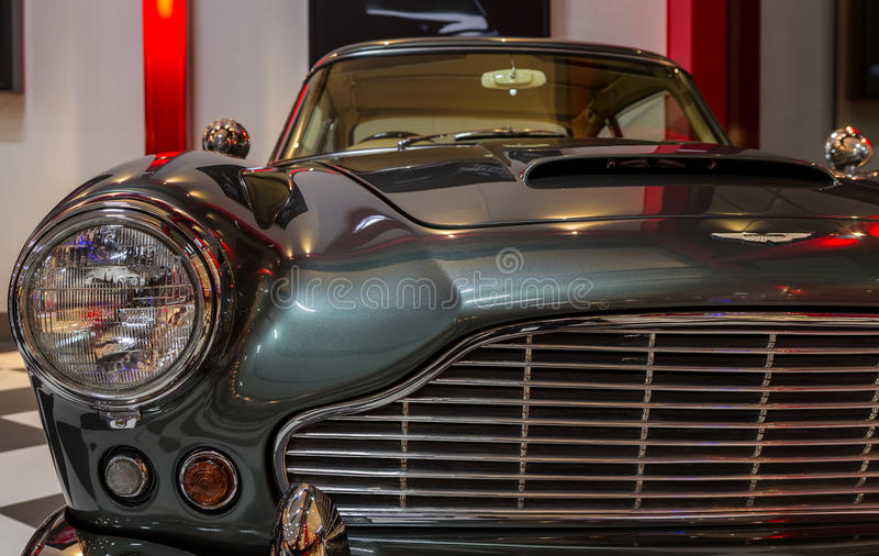 Rocznik Klasyczny Aston Martin DB4 obrazy stock