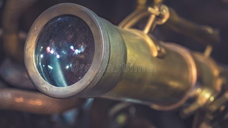 Rocznik lornetek teleskopu Morski instrument zdjęcie royalty free