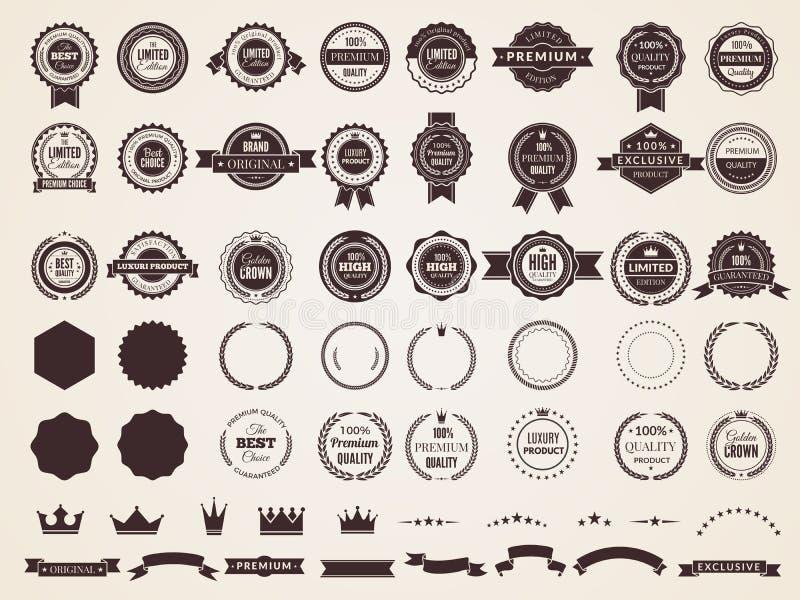 Rocznik odznaki Emblemat premii luksusowy logo w retro stylowych strzałach obramia wektorowe szablon odznaki inkasowe royalty ilustracja
