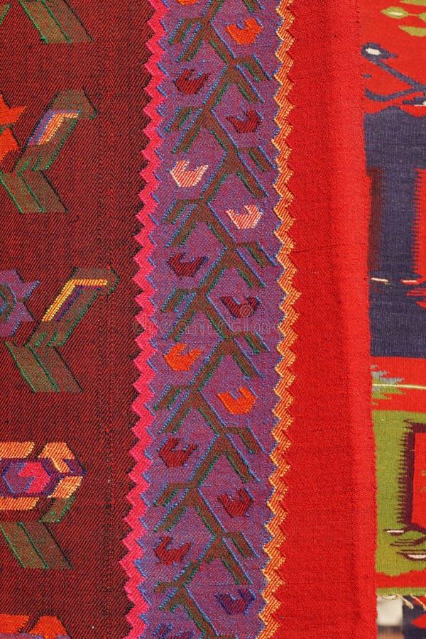Rocznik, orientalny, kolorowy handmade tradycyjny woolen dywanik, zdjęcie royalty free