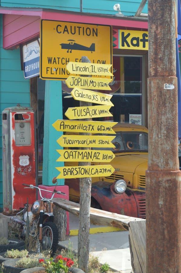 Rocznik poczta Z odległościami Różni miasta W Seligman zdjęcie stock
