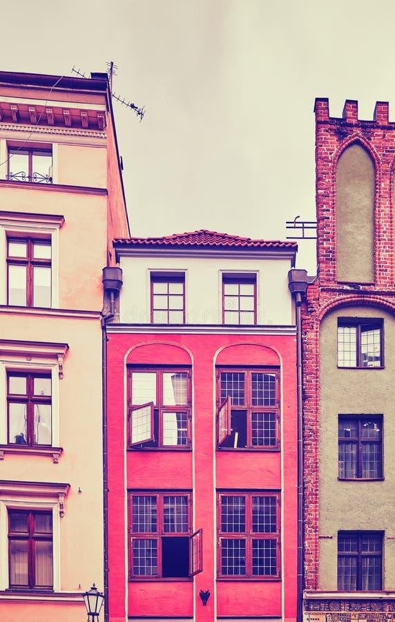 Rocznik stylizował stare budynek fasady w Toruńskim, Polska obraz royalty free