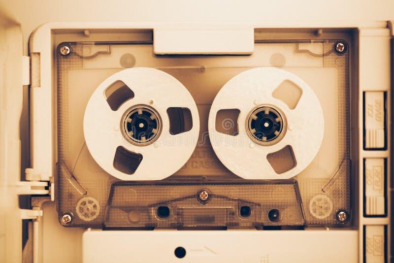 Rocznik taśmy dźwiękowa ścisła kaseta, sepiowy brzmienie zdjęcie royalty free