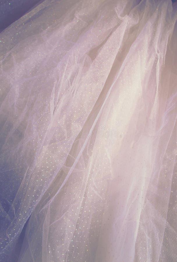 Rocznik tekstury tiulowy szyfonowy tło pojęcia sukni panny młodej portret schodów poślubić obraz stock