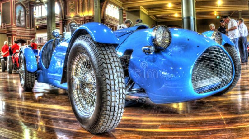 Rocznika błękita samochód wyścigowy zdjęcia royalty free