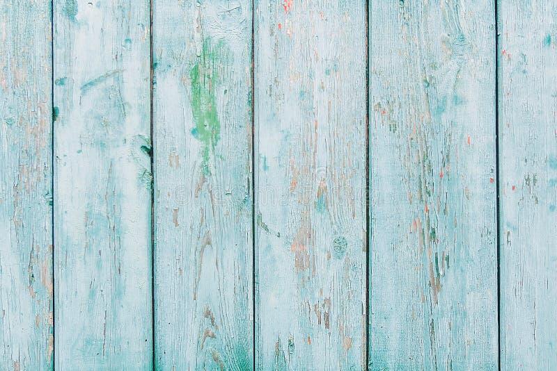 Rocznika błękitny drewniany tło z obieranie farbą obraz stock