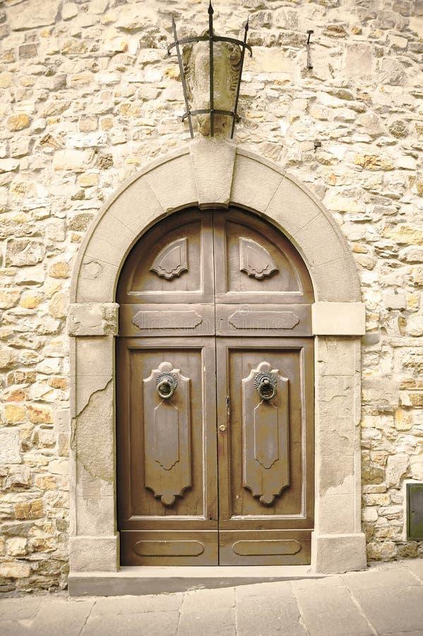 Rocznika drewniany włoski drzwi fotografia stock