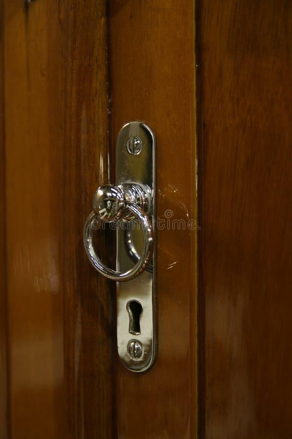 Rocznika jachtu drzwiowej rękojeści szczegół obraz stock