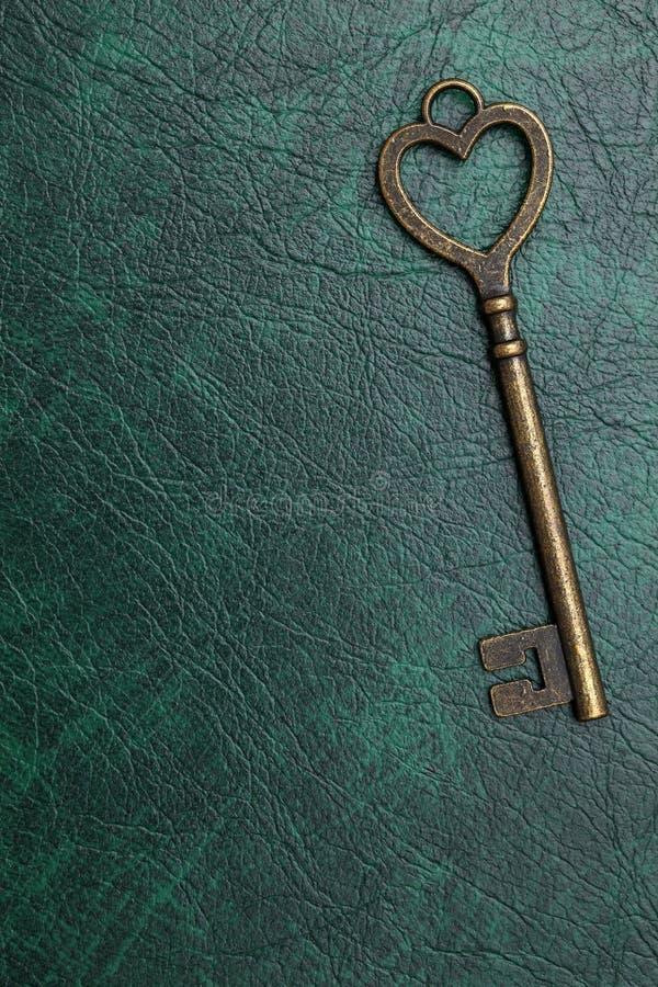 Rocznika kluczowy kierowy kształt zdjęcia stock