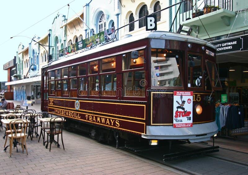 Rocznika miasta wycieczki turysycznej tramwaj na Nowej Regent ulicie w Christchurch, Nowa Zelandia fotografia stock