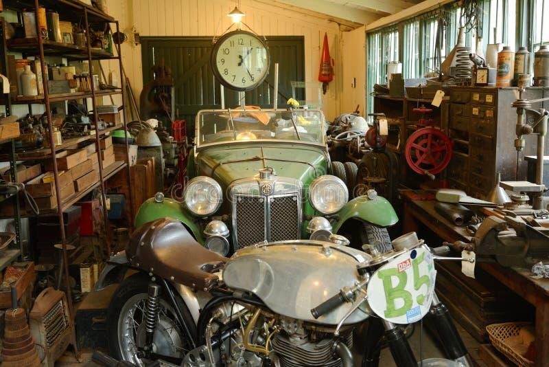 Rocznika motocykl na przedstawieniu przy brooklands muzea i samochód wyścigowy, England zdjęcia stock