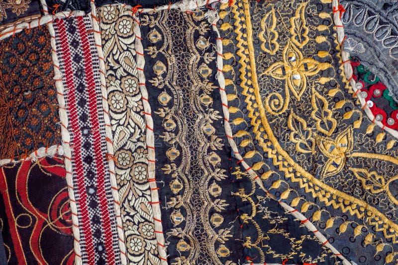 Rocznika patchworku tło na retro handmade dywanie Wzory na teksturze stara koc powierzchnia fotografia stock