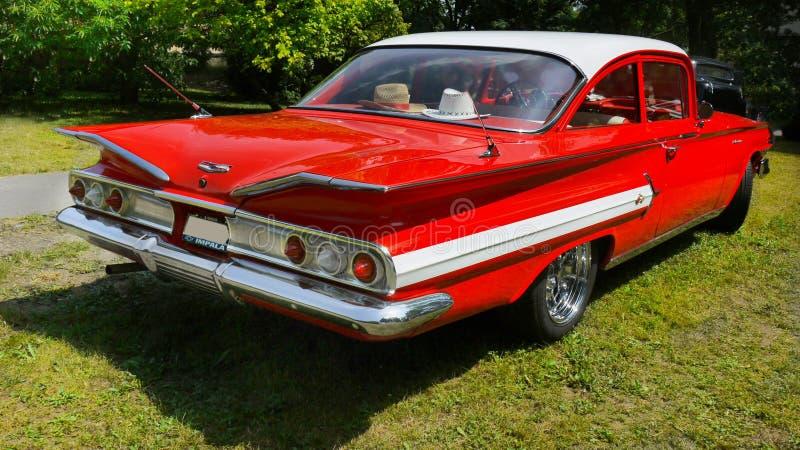 Rocznika samochód, Chevrolet Impala, Bawi się Coupe obrazy royalty free
