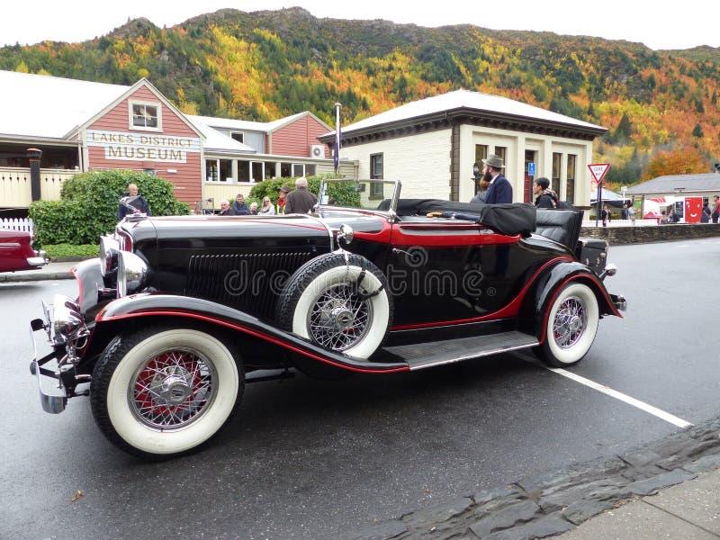 Rocznika samochodowy pokaz dla jesień festiwalu w Arrowtown, Nowa Zelandia zdjęcie royalty free