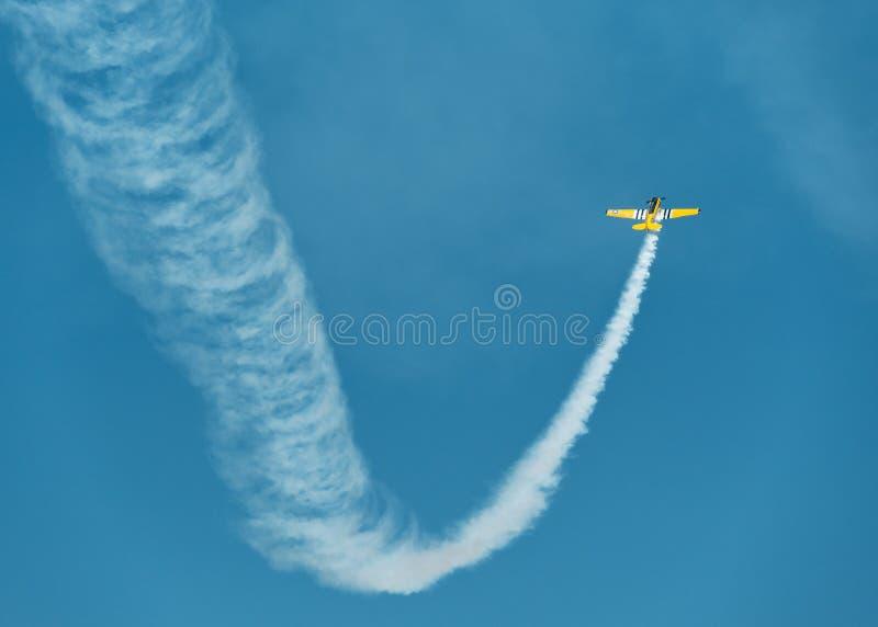 Rocznika samolot, aerobatics obrazy stock