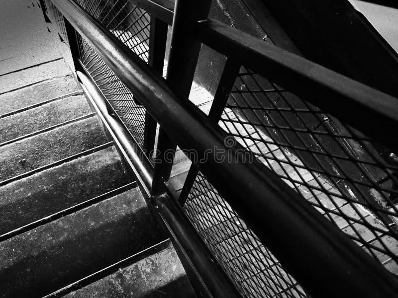 Rocznika schody w Starym młynie fotografia stock