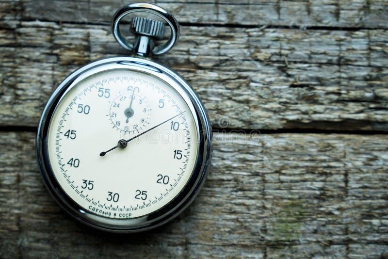 Rocznika sowiecki stopwatch na drewnianych deskach fotografia royalty free