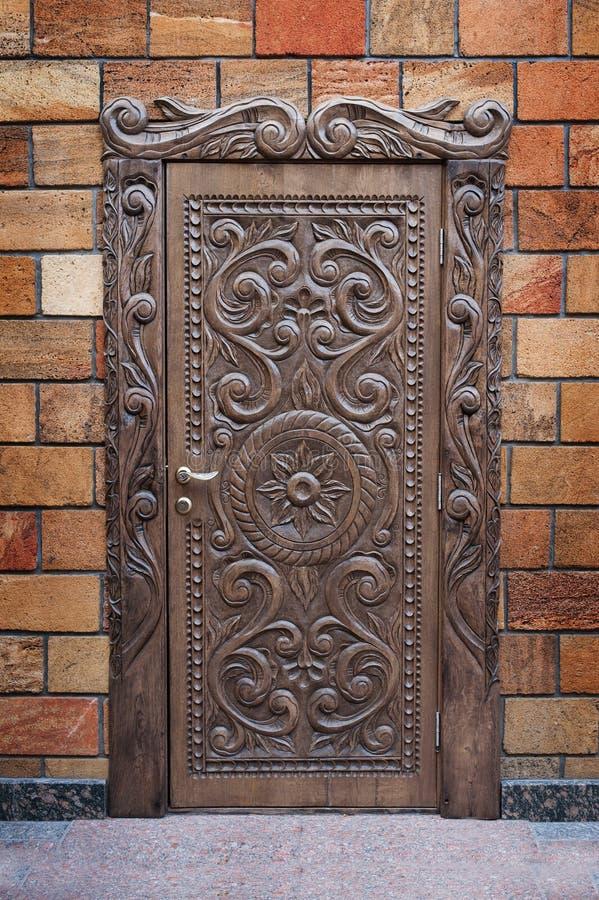 Rocznika stary Drewniany dzwi wejściowy dom zdjęcia royalty free