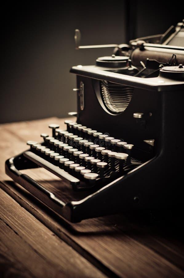 Rocznika stary maszyna do pisania, selekcyjna ostrość zdjęcia royalty free