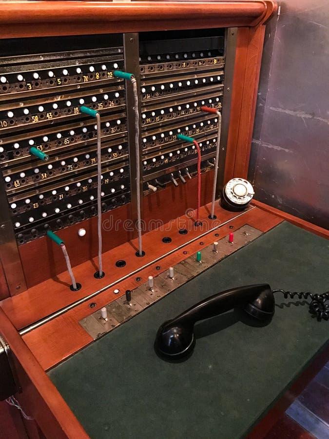Rocznika telefoniczny switchboard zdjęcie stock