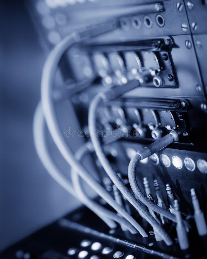 Rocznika telefoniczny switchboard z kablami i prymkami Selekcyjna ostro?? obrazy royalty free