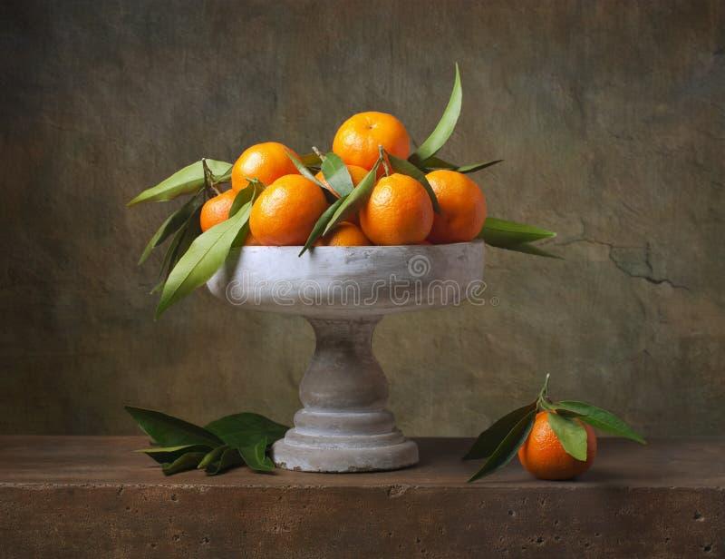 Rocznika wciąż życie z tangerines zdjęcie royalty free