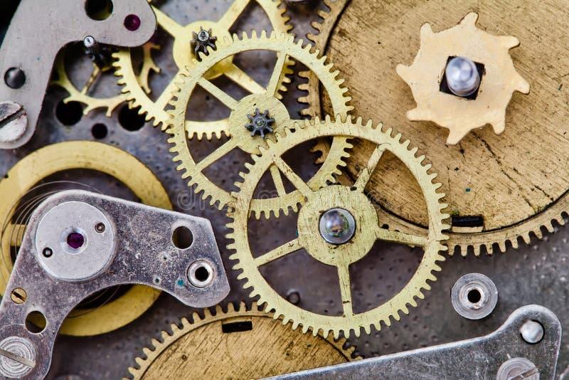 Rocznika zegarowy mechanizm z przekładniami Cog koła fotografia stock